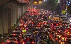Chủ tịch Hà Nội: Cấm xe máy chỉ là ý kiến cá nhân, thành phố chưa quyết