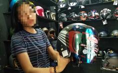 'Ma trận' mũ bảo hiểm, áo chống tia UV ngày nắng nóng