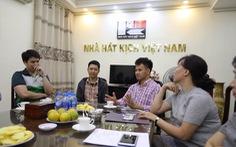Nhà hát Kịch VN hỗ trợ gia đình nạn nhân tai nạn hầm Kim Liên 300 triệu đồng