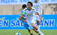 Video màn trình diễn 'xứng đáng trở lại tuyển Việt Nam' của Tuấn Anh trước Viettel