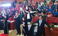 Bộ trưởng Kim Tiến chỉ thị thầy thuốc toàn quốc tập thể dục với bài tập 3 phút