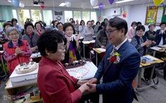 Giáo viên Hàn Quốc chán nản vì bị mắng chửi, bị quấy rối tình dục
