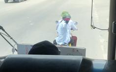 Lãnh đạo 2 bến xe xin lỗi vì khách bị 'bán', đuổi xuống giữa đường