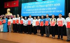 Thành ủy TP.HCM trao quyết định ngạch chuyên viên chính  cho 52 công chức