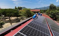 134 hộ dân tại miền Trung - Tây Nguyên được trả tiền bán điện mặt trời