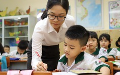 Tuổi nghỉ hưu nhà giáo: Đã hết thời 'thầy già con hát trẻ'?