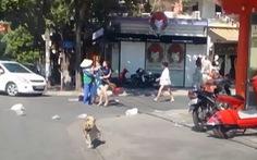 Xác minh clip chủ shop áo quần đánh chị lao công vì vứt rác bị nhắc