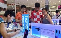 Huawei im lặng, cửa hàng bán lẻ Việt 'lên ruột', không biết tính sao