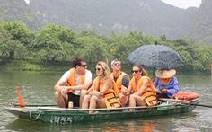 Khách Thái Lan tăng đột biến, khách Campuchia, Lào giảm sâu