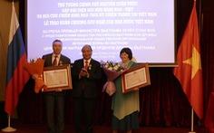 Thủ tướng Nguyễn Xuân Phúc xúc động gặp lại những người bạn Nga