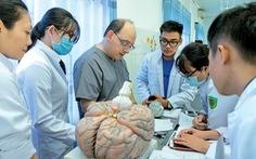 Đào tạo Y khoa song ngữ - Cơ hội để làm việc tại Hoa Kỳ