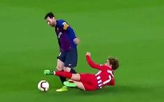 """Dân mạng lại 'sốt"""" với 2 phút ma thuật của Messi"""