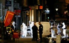 Tấn công bom tại Lyon, cảnh sát đang truy tìm nghi phạm
