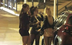 Trao đổi thân xác ở Cannes - Kỳ 1: Gái bao sang nhất thế giới