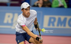 Tay vợt gốc Việt Antoine Hoang vào vòng 2 Roland Garros 2019