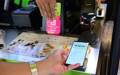 'Phiêu lưu' Sài Gòn 24 giờ cùng chiếc ví không tiền