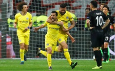 HLV Maurizio Sarri 'thích đùa', Chelsea bị Frankfurt cầm hòa 1-1
