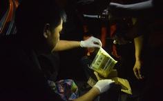 Kiểm tra xe vi phạm giao thông, phát hiện 'quà quê' là... 4kg ma túy đá