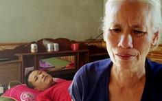 'Người hùng' trong trận lũ dữ liệt giường, mẹ già hành khất cứu con
