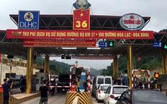 Thu phí được 5 ngày, BOT Hòa Lạc - Hòa Bình xả trạm vì tài xế phản đối
