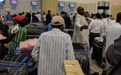 Lãnh đạo hàng không dân dụng bị sa thải vì để trễ chuyến bay