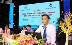 'Nhà báo quốc tế' Lê Hoàng Anh Tuấn bị tạm đình chỉ chức viện trưởng