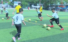 Đồng Tháp mở lớp học bóng đá miễn phí cho các em từ 11 đến 13 tuổi