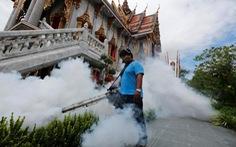 Thái Lan phun thuốc diệt muỗi để kiểm soát dịch sốt Chikungunya