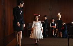 Con nhà giàu Trung Quốc rèn giũa làm 'quý tộc'