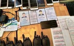 Tạm giữ 20 người Trung Quốc lừa đảo công nghệ, thu 26 máy tính bảng, 46 điện thoại