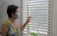 Dân Nam Sài Gòn ở nhà cũng phải đeo khẩu trang, đóng cửa vì mùi hôi từ bãi rác