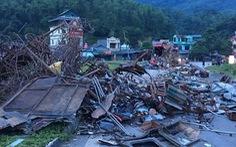Thủ tướng yêu cầu điều tra vụ tai nạn xe tải và xe khách tại Hòa Bình