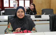 Học giả nước ngoài tham gia hội đồng chấm luận án tiến sĩ