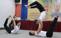 Khi đàn ông cũng tìm đến yoga...