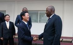Ông Võ Văn Thưởng dẫn đầu đoàn đại biểu thăm Bờ Biển Ngà