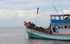 Vẫn chưa tìm thấy 4 ngư dân nhảy khỏi tàu cá mất tích