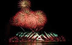 Đội pháo hoa Anh và Trung Quốc tỏa sáng bầu trời Đà Nẵng