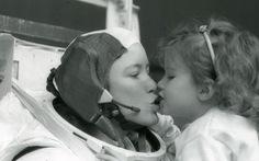 Anna Fisher - người mẹ đầu tiên bay vào vũ trụ