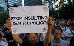 Người Hong Kong biểu tình phản đối... người biểu tình