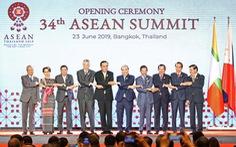 Thủ tướng Nguyễn Xuân Phúc bấm nút khởi động Kho vệ tinh ASEAN