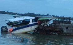 Canô va chạm ghe gỗ trên sông Vàm Cỏ, 1 người tử vong