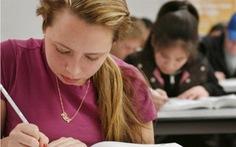 Trường học ở Mỹ cấp băng vệ sinh miễn phí cho nữ sinh
