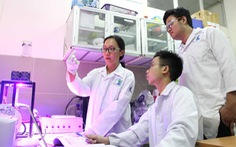 Nữ tiến sĩ trẻ về nước nghiên cứu pin quang điện hóa: 'Sợ nhất là tự tụt hậu'