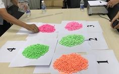 Bắt giữ 14kg ma túy giấu trong các thùng hàng từ nước ngoài gửi về