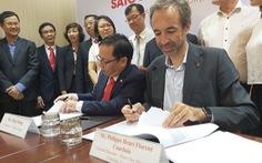 Auchan chính thức rời VN, Saigon Co.op tiếp quản 18 siêu thị của nhà bán lẻ Pháp