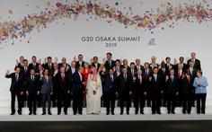 Tiết lộ hậu trường chụp ảnh 'gia đình G20' ở Osaka