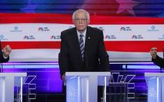 10 ứng viên Dân chủ tranh luận, ứng viên nữ tỏa sáng