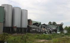 Nổ ở nhà máy bia, bay nhiều nắp bồn, hàng trăm mét vuông nhà xưởng tốc mái, 1 người chết