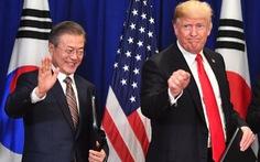 Ông Trump hỏi tổng thống Hàn: 'Ngài đã đọc tweet mới nhất của tôi chưa?'