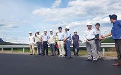 Tổng cục Đường bộ kiểm tra nơi lún trên cao tốc Đà Nẵng - Quảng Ngãi